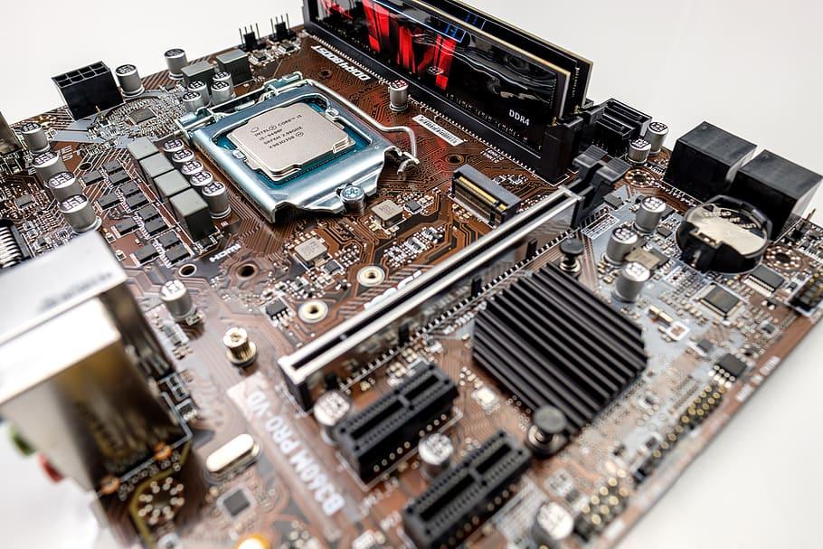 Diferencia Entre Intel y AMD Procesadores