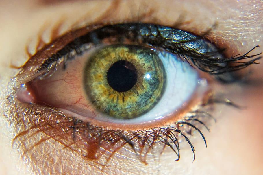 Cambiar Color de ojos con Quero pigmentación