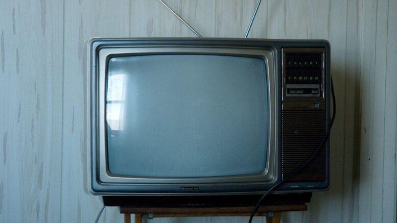 Quién invento la televisión